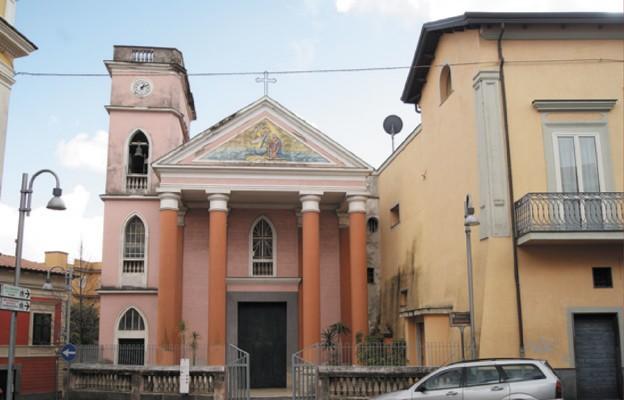 Polski kościół pod Wezuwiuszem