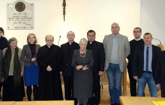 Ocalić od zapomnienia biografie kapłanów