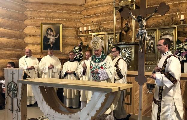 Konsekracja papieskiej świątyni