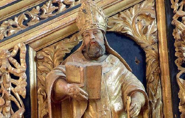 Św. Bazyli Wielki, figura na ambonie w bazylice Najświętszego Zbawiciela i Wszystkich Świętych w Dobrym Mieście