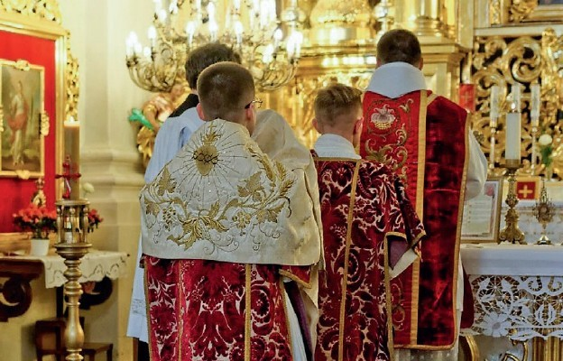 """Watykan: 450 lat temu św. Pius V ustanowił """"Mszę Wszechczasów"""""""