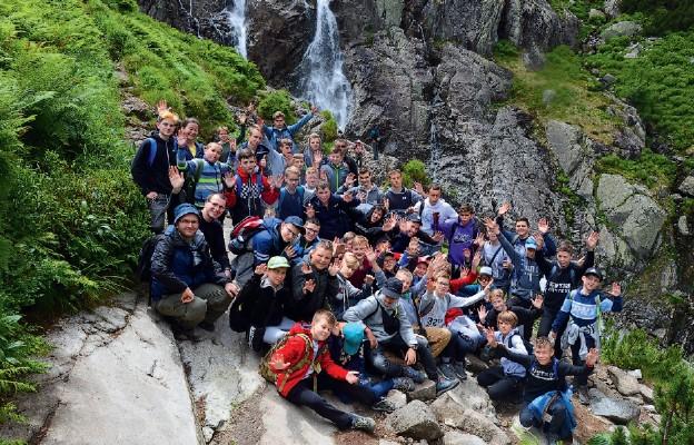 Lekcja pokory i wiary na górskich szlakach