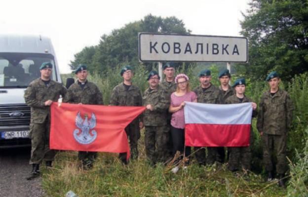 Chojnowscy Strzelcy na Kresowych mogiłach Polaków