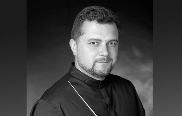Pokazać różne oblicza Wojciecha Kilara