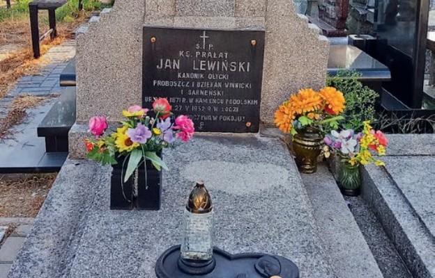 Niezwykłe losy ks. Jana Lewińskiego