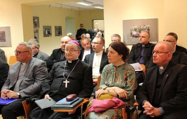 W spotkaniu uczestniczył bp Stefan Regmunt, przewodniczący Zespołu ds. Służby Zdrowia działającego w strukturze Konferencji Episkopatu Polskiego