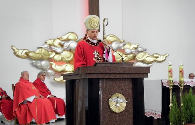 Odpust w parafii pw. Podwyższenia Krzyża Świętego w Wałbrzychu