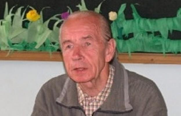 Dr Adam Sznajderski