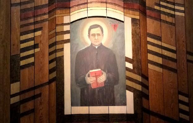 Przy tym ołtarzu ma spocząć urna z relikwiami bł. ks. Michała Woźniaka