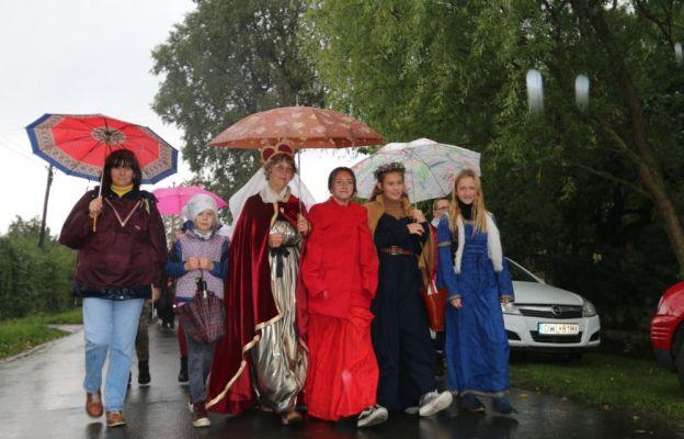 Pogodna nie zniechęciła pielgrzymów