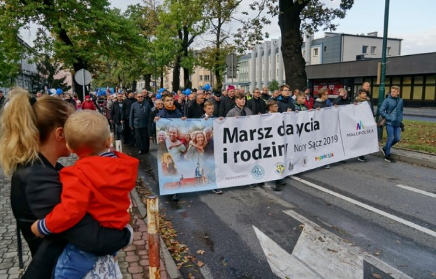 10 tysięcy wiernych Diecezji Tarnowskiej w obronie życia i rodziny