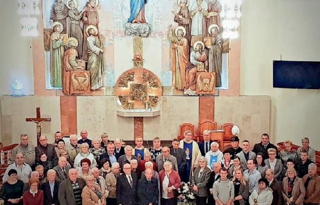 Małżeńskie pary u Matki Pięknej Miłości w Jaroszowcu