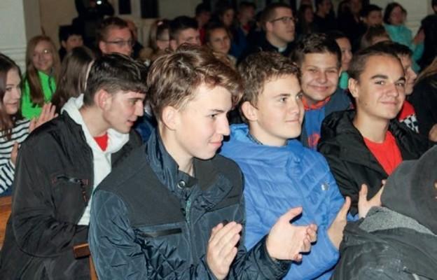 Młodzi wiosną Kościoła