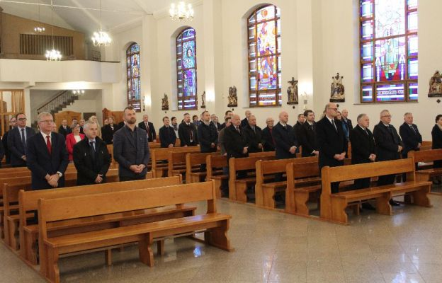 Zarząd i pracownicy zielonogórskiej Elektrociepłowni dziękują Bogu za 45 lat jej działalności
