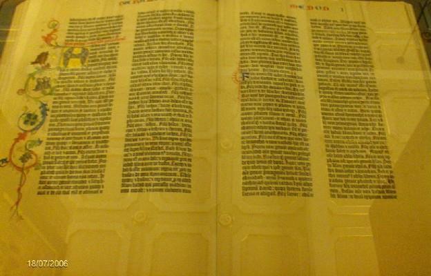 Biblia z czasów Gutenberga na aukcji w Hamburgu
