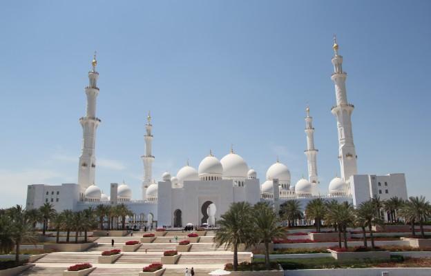 Emiraty: nagroda dla chrześcijanina, który zbudował meczet poświęcony Maryi