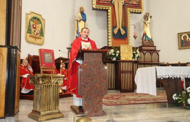 Eucharystii przewodniczył ks. Łukasz Piłat