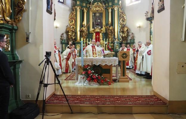 Msza Święta jubileuszowa u sióstr Bernardynek w Wieluniu
