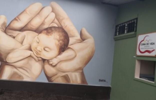 """Pierwsze """"Okno Życia"""" w Ekwadorze"""