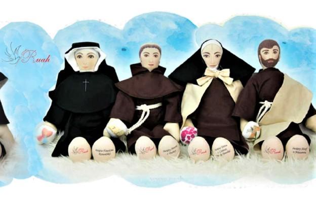 Przytulanki świętych z podpeskidzia