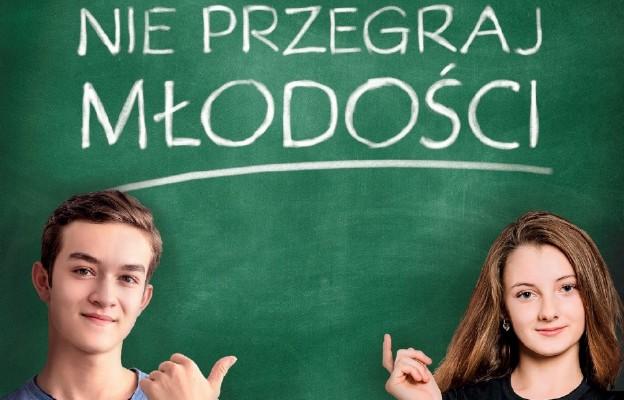 Projekt NIE PRZEGRAJ MŁODOŚCI w blisko 30 000 szkołach w całej Polsce