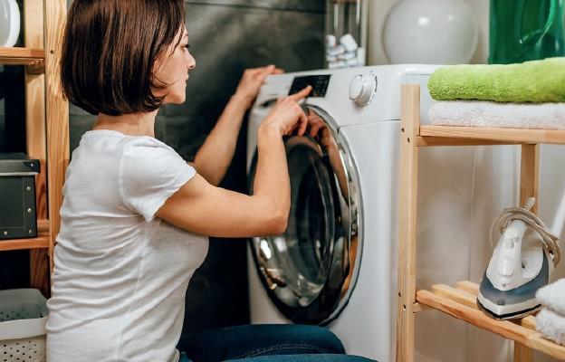 Jak prać w domu puchową odzież?