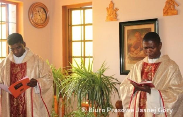 Uroczystość św. Pawła u paulinów w Afryce