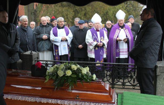 Ostatnie pożegnanie ks. prał. Stanisława Pasyka