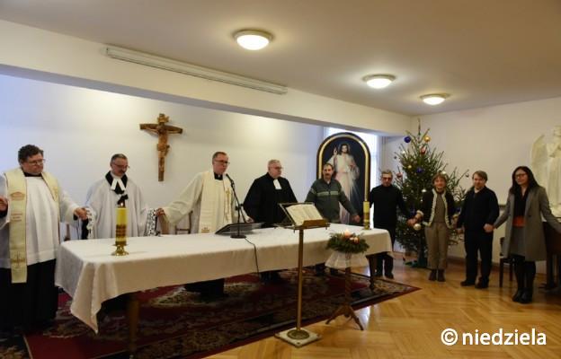 """Częstochowa: ekumeniczne nabożeństwo Słowa Bożego w """"Niedzieli"""""""