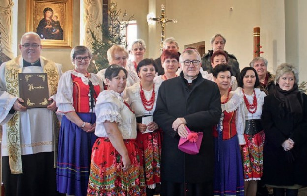 Bp Andrzej Kaleta poświęcił kopię obrazu Matki Bożej