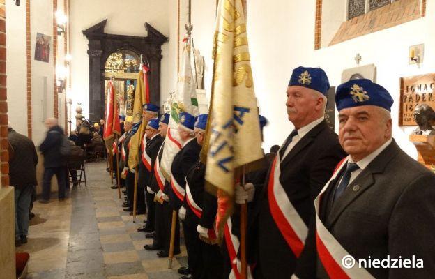 6 lutego w archikatedrze warszawskiej odprawiona zostanie Msza św. dziękczynna za posługę Prymasa Tysiąclecia. Wezmą w niej udział m.in. członkowie Kościelnej Służby Porządkowej