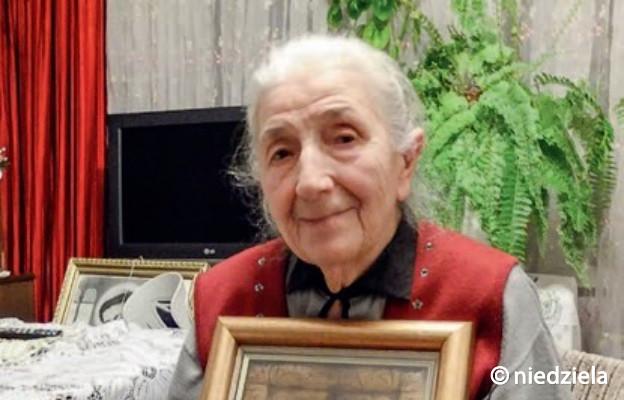 Maria Mandat urodziła się na Syberii 8 września 1940 r. – w święto Narodzenia Matki Bożej, dlatego otrzymała imię Maria.