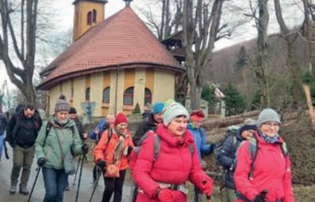 Bractwo Jakubowe w Szczyrku po raz 10. zorganizowało Narciarską Pielgrzymkę Beskidzką Drogą św. Jakuba.