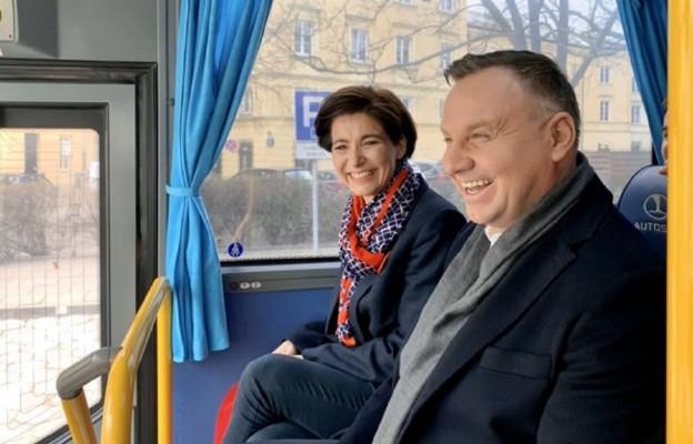 Kampania rozkręca się na dobre! DudaBus rusza w Polskę.
