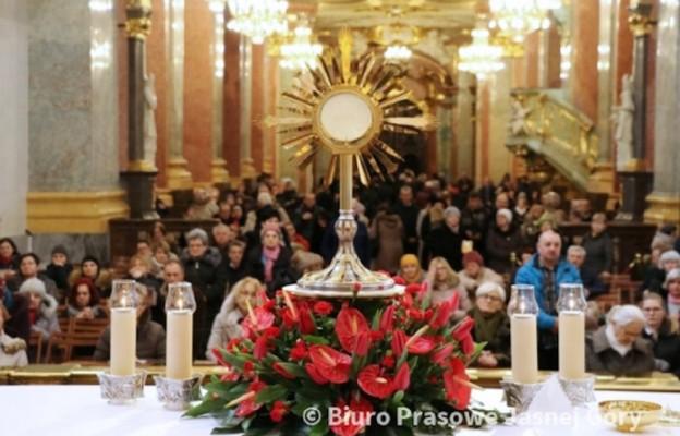 Adoracja Najświętszego Sakramentu przed Wielkim Postem