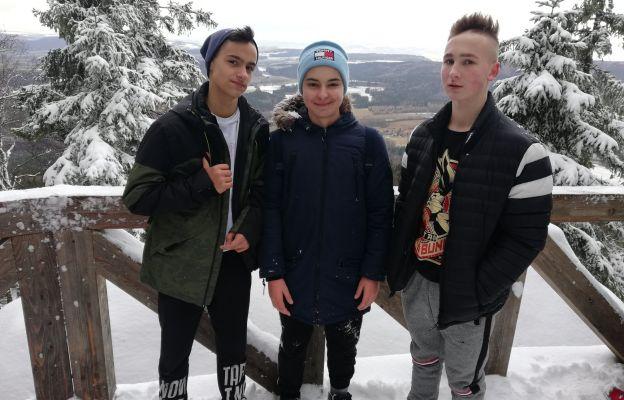 Ministranci z Wałbrzycha w zimowej aurze