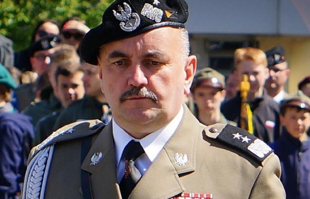 Gen. Mika dziękuje za wsparcie duchowe kapelanów Ordynariatu Polowego