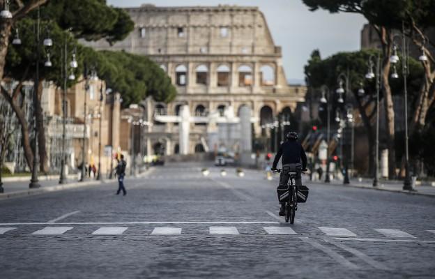 Opuszczone ulice Rzymu