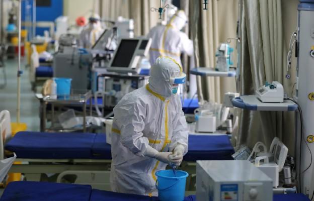 Chiny: czy koronawirus jest zamierzonym wytworem laboratorium w Wuhanie?