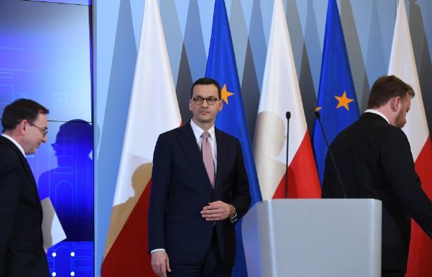 Premier Morawiecki na konferencji prasowej