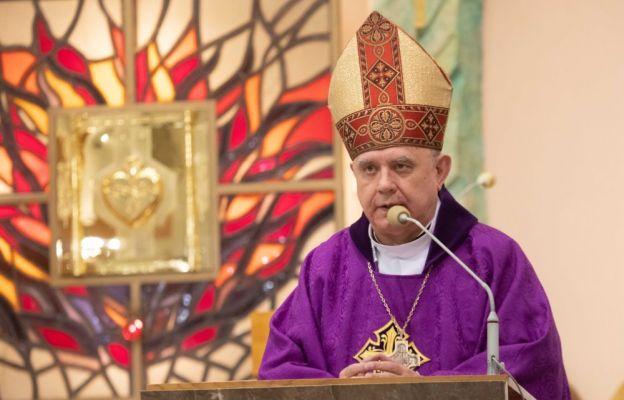 Bp Pękalski: Jezus to znak sprzeciwu