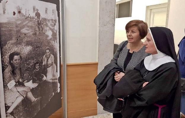 Samarytanie z Markowej – wystawa w Papieskim Uniwersytecie Urbanianum w Rzymie