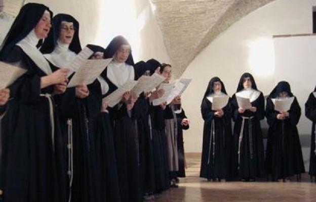Mniszki radzą, jak żyć w kwarantannie: samotność z Bogiem