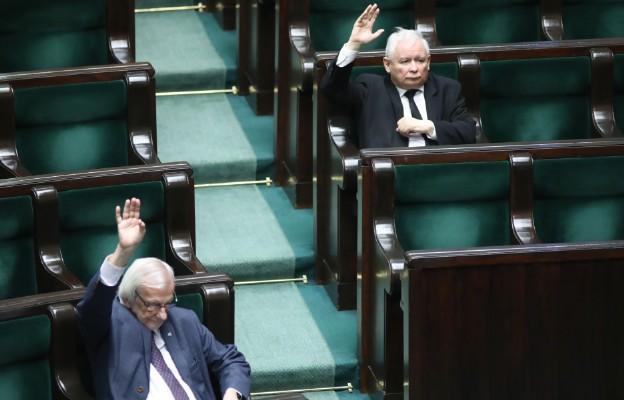 Sejm przerwał obrady; w piątek zajmie się rządowym projektem tzw. tarczy antykryzysowej