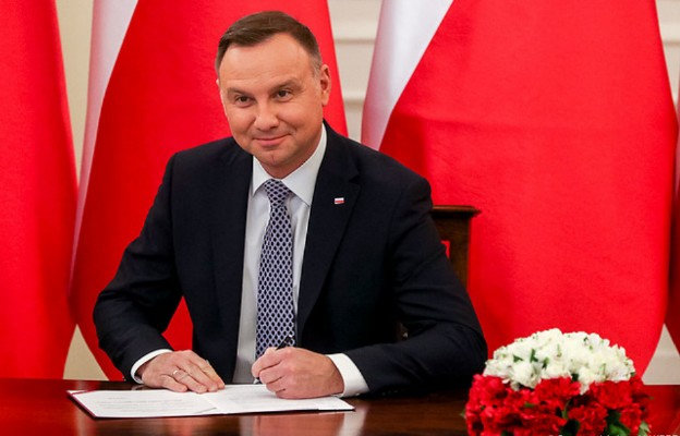 Prezydent podpisał nowelizację ustaw zdrowotnych związanych z COVID-19