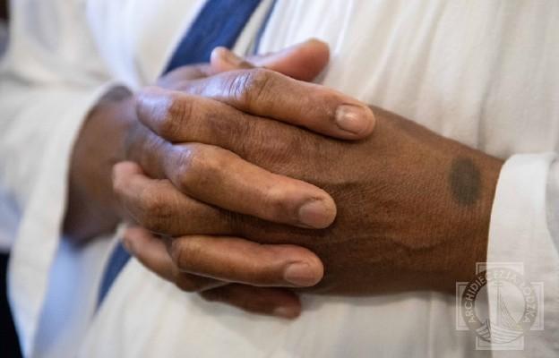 Wielka Brytania: zmarła misjonarka miłości, bo karmiła zakażonych