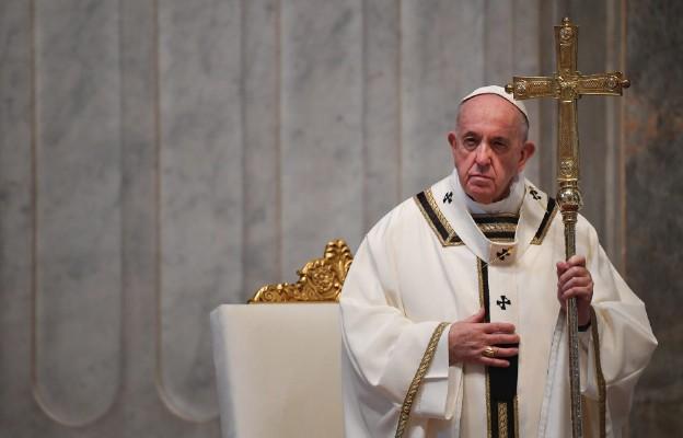 """Papieskie orędzie """"Urbi et Orbi"""": świat musi zjednoczyć się w walce z pandemią"""
