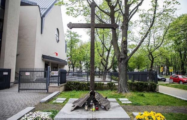 Kraków: powstanie film o obronie Krzyża Nowohuckiego
