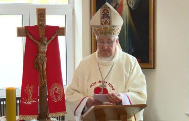 Bp Kamiński: Święto Miłosierdzia Bożego i koronka są jak koło ratunkowe