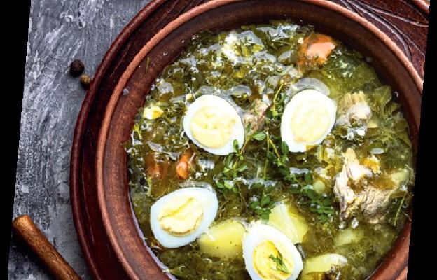 Zupa z pokrzywy i ze szczawiu na żeberkach